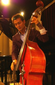安田幸司ベース